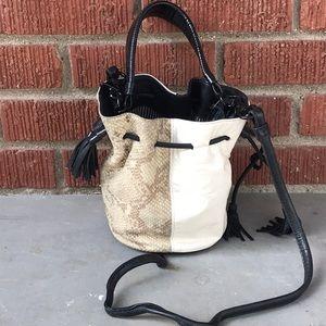 NewBarK Limited Edition Gaia Bucket Bag